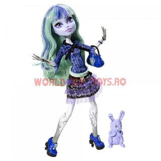 papusa monster-high twyla